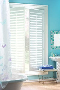 hunter douglas shutter palmbeach_palmetto_bathroom_4